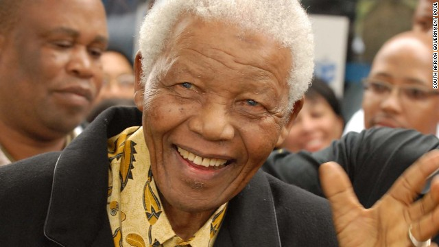 Mandela votes April 2009 in South Africa's fourth democratic election.