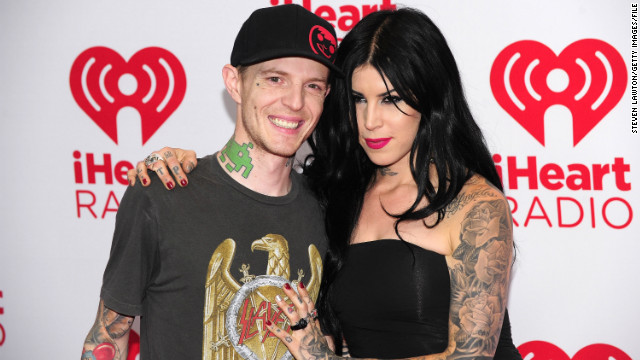 Kat Von D accepts tweeted marriage proposal