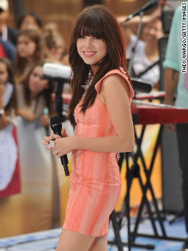 "Carly Rae Jepsen's ""Call Me Maybe"" spent nine weeks at No. 1 on the Billboard Hot 100. The single became an earworm in the United States shortly after <a href='http://www.youtube.com/watch?v=AsBsBU3vn6M' target='_blank'>Justin Bieber and friends</a> uploaded their homemade music video featuring the tune on YouTube."