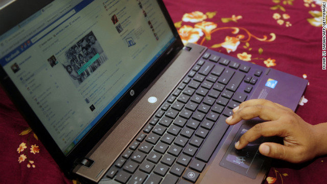 Internet companies such as Facebook must strike a balance between users' privacy and offering them customized content.