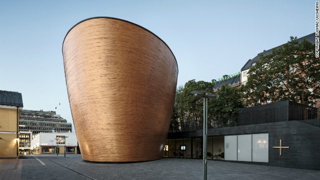 Situated between two big shopping malls in the heart of Helsinki, the Kamppi Chapel of Silence, designed by K2S Architects, surprises by its minimalist form.<!-- --> </br> © <a href='http://www.uusheimo.com/' target='_blank'>Tuomas Uusheimo</a>
