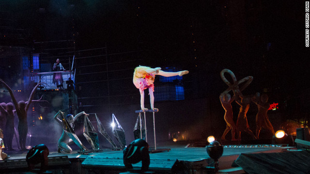 In Quebec City, enjoy pleasant temperatures and free entertainment from acts such as Cirque du Soleil.