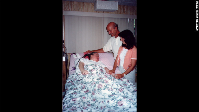 "Renowned self-help author Wayne Dyer and his wife, Marcelene, visiting Edwarda in 1996; Dyer wrote a book, ""A Promise Is A Promise,"" about Kathryn's unconditional love."