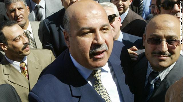 Renuncia el vicepresidente de Egipto en medio de la votación de la nueva constitución