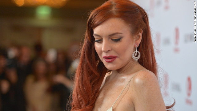 Pregnant? Lindsay Lohan? Internet scoffs