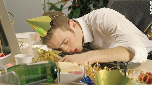 Cómo curar la resaca si bebes de más en las festividades