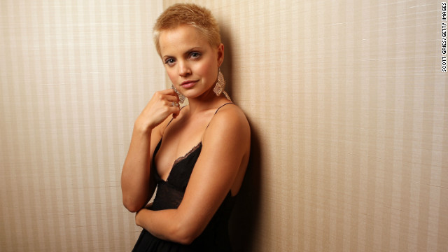 Mena Suvari totally worked it in 2007 after she shaved her head for a role in the film adaptation of &quot;The Garden of Eden.&quot;