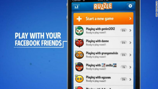 This is Ruzzle. Apparently, a lot of Twitter users play it at 10 a.m. on Sundays.