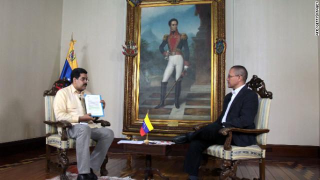 El vicepresidente de Venezuela dice que Chávez seguirá como mandatario