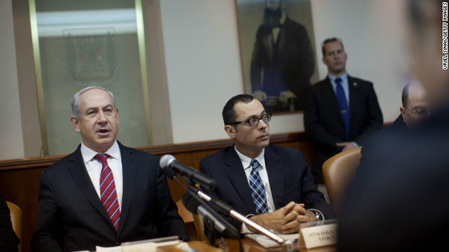 Prime Minister Benjamin Netanyahu, left, leads a Cabinet meeting Sunday in Jerusalem.