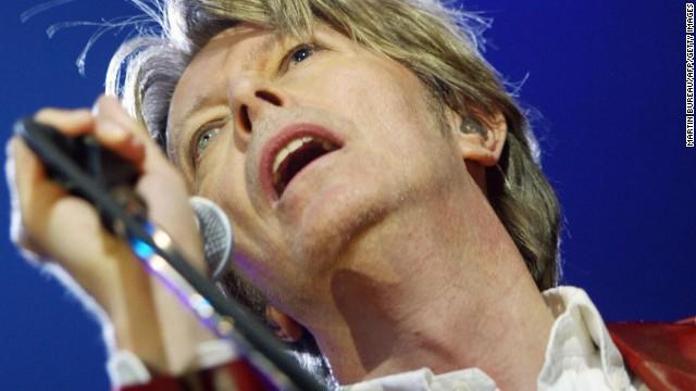 """David Bowie regresa después de los """"Bowie Bonos"""", ¿los recuerdas?"""