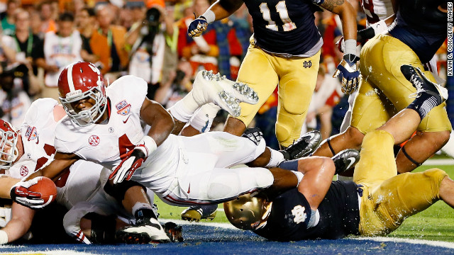Alabama's T.J. Yeldon scores a touchdown against Notre Dame in the second quarter.