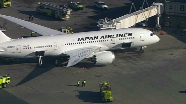 Dreamliner safe to fly, officials say