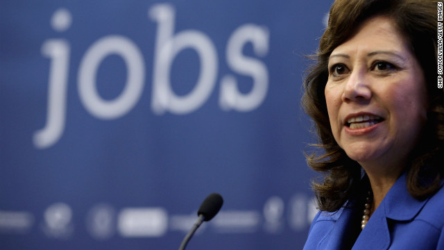 Solis resigns from cabinet; Holder, others to stay