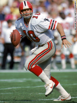 Quarterback Steve Bartkowski of the Atlanta Falcons runs with the ball during a game against the Los Angeles Rams on October 16, 1983.