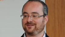 Ethan Bueno de Mesquita