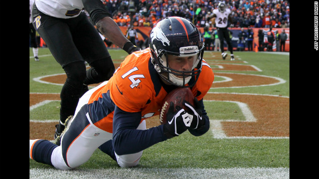 Brandon Stokley of the Broncos hauls in a pass for a first-quarter touchdown on Saturday.