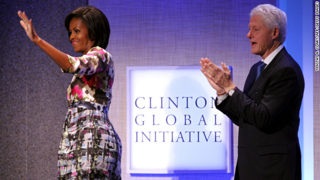 At the annual Clinton Global Initiative in September 2010, the first lady played up her passion for prints with a Moschino Cheap & Chic multipatterned chemise that featured hothouse flowers on top and a digital print on the bottom, fashion consultant Mikki Taylor noted.