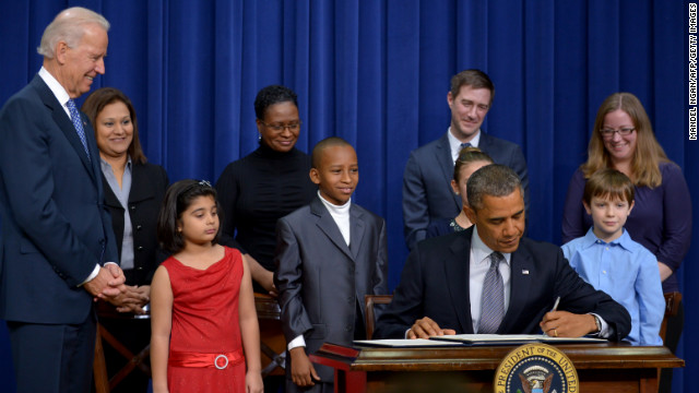Obama announces 23 executive actions, asks Congress to pass gun laws
