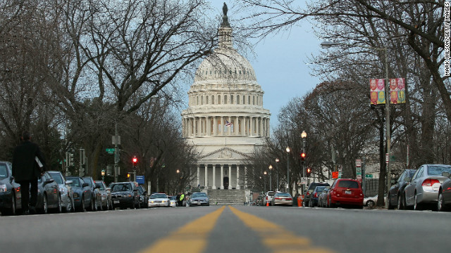 House passes pay freeze on federal workers