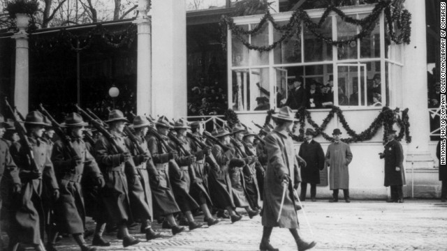 Soldiers pass the viewing stand during the inaugural ceremony for Woodrow Wilson's second term on March 4, 1917.