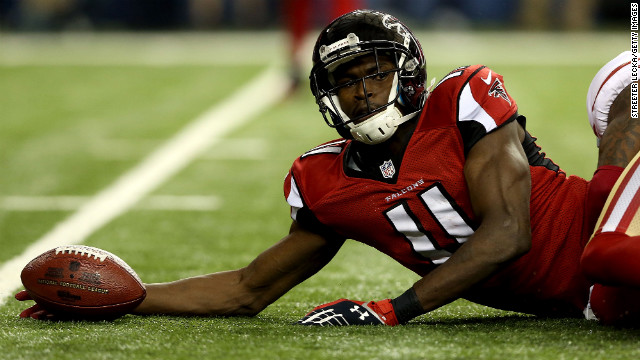 Falcons wide receiver Julio Jones makes a catch in the second quarter.