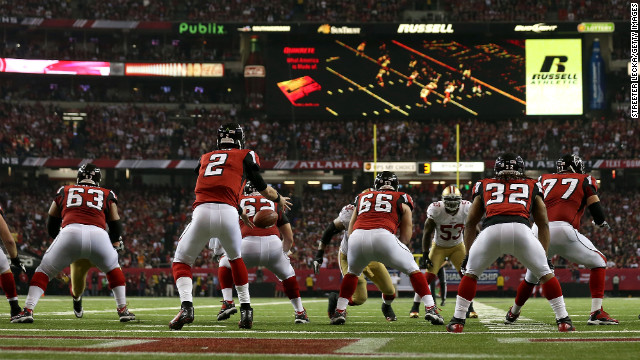 Falcons quarterback Matt Ryan receives the ball at the 1 yard line in the fourth quarter.