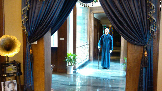 The Chiang look-alike greets guests at Min Du Hui every night after 5 p.m.