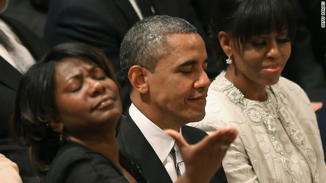 Obama thanked for living in 'glass house' at National Prayer Service