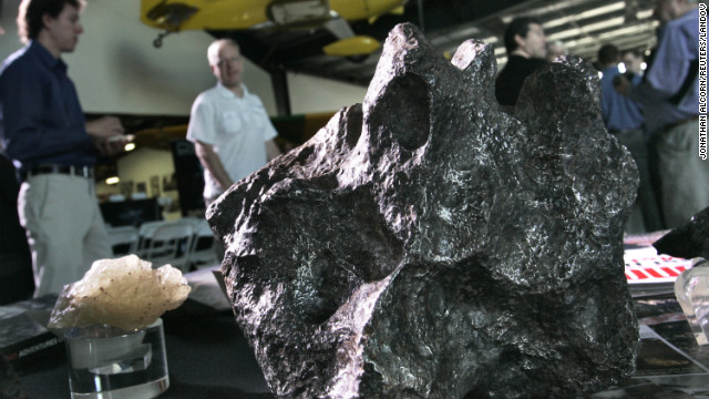 'Fireflies' to scope out space rocks for mining