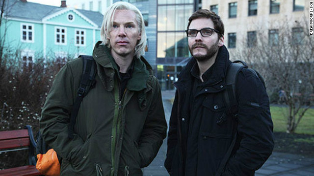 See Benedict Cumberbatch as Julian Assange in 'Fifth Estate'