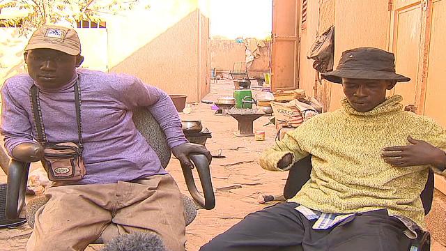 Grupo de derechos humanos denuncia abusos y fusilamientos en Malí