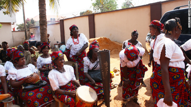A gathering of Igbo women sing traditional songs.