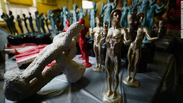 """""""Los Miserables"""" y """"Lincoln"""" ahora van por los SAG en su camino al Oscar"""