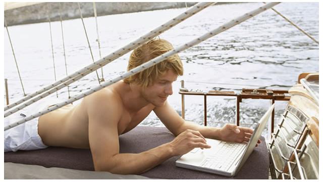 La vida nómada de los nuevos ricos de internet: sin oficinas, jefes ni compañía