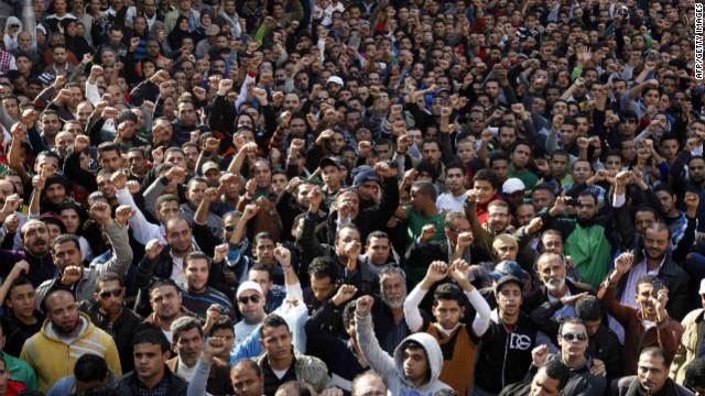 30 muertos en Egipto en las revueltas causadas por la condena a muerte de 21 personas