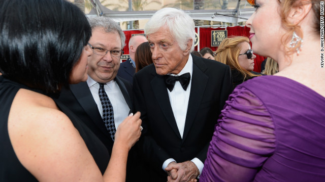 Dick Van Dyke reminisces about meeting wife at SAGs