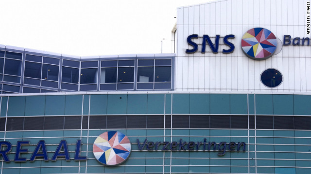 Ronald Latenstein, SNS Reaal's chief executive, as well as the bank's chief financial officer resigned.