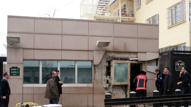 Suicide bomber kills one outside U.S. Embassy in Turkey