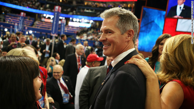 Scott Brown drops 'MA' from Twitter handle