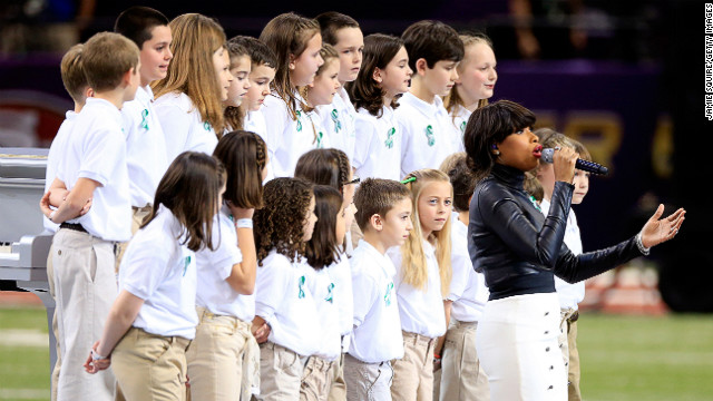 "Singer Jennifer Hudson performs ""America The Beautiful"" with the Sandy Hook Elementary School Chorus."