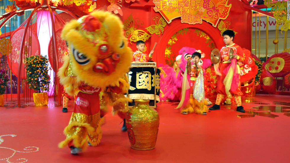 "The lion dance may be somewhat overplayed in international Chinese events, but that shouldn't undermine the dance's legitimacy, relevance and importance in Chinese culture.<!-- --> </br><!-- --> </br>The lion dance isn't unique to Lunar New Year and is often a part of festival celebrations -- featured in everything from welcoming parties to workplace feng shui blessings to shop-opening ceremonies.<!-- --> </br><!-- --> </br>While at first glance the dance seems to be a cacophony of noise and whirlwind of blurry lion head swinging, it's actually a complicated and significant series of, at times, difficult movements.<!-- --> </br><!-- --> </br>To better understand the dance, we teamed up with Allan Ha, the dragon and lion dance team leader of Ha Tak Kin Martial Art Society Ltd. in Hong Kong. Ha and his team show and explain the basic moves of one of the most popular lion dances -- the ""drunken lion.""<!-- --> </br><!-- --> </br>This dance reflects a popular Chinese martial arts technique, the drunken fist."