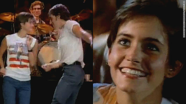 Remember the young woman the Boss dances with in the 1984 music video for &lt;a href='http://www.youtube.com/watch?v=129kuDCQtHs&amp;t=2m31s' target='_blank'&gt;&quot;Dancing in the Dark?&quot;&lt;/a&gt; That's a pre-&quot;Cougar Town&quot;/&quot;Friends&quot;/&quot;Family Ties&quot; Courteney Cox. 