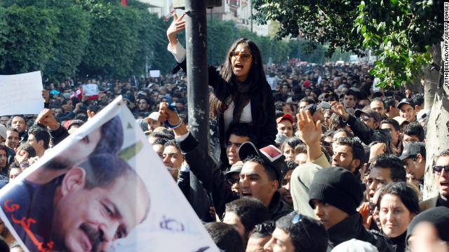 Túnez anuncia un nuevo gobierno tras el asesinato de un líder opositor