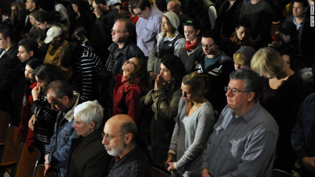 Lutheran pastor apologizes for praying in Newtown vigil