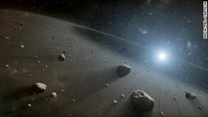 El paso del asteroide por la Tierra