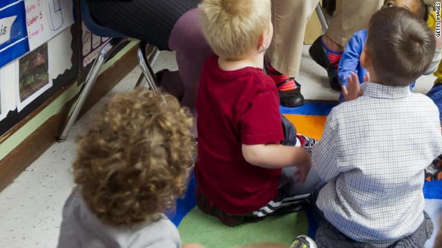 Una denuncia en California señala prácticas de sexo oral entre niños de 4 y 5 años