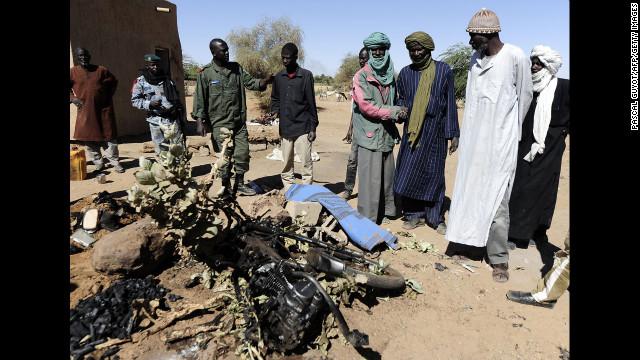 Francia confirma la muerte de Abou Zeid, un alto responsable de Al Qaeda, en Mali