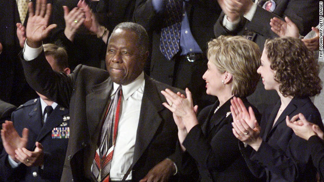 Hank Aaron was honored at Clinton's 2000 SOTU.