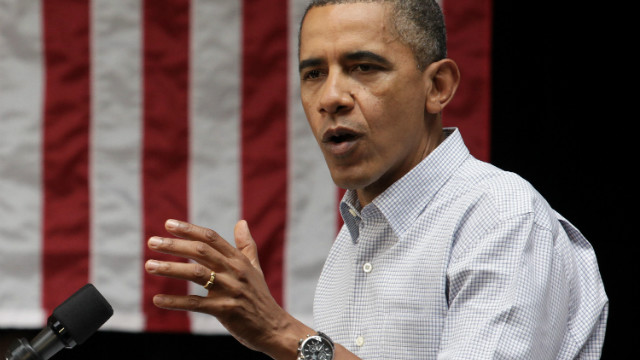 Obama Chicago visit will include talk of economy, guns